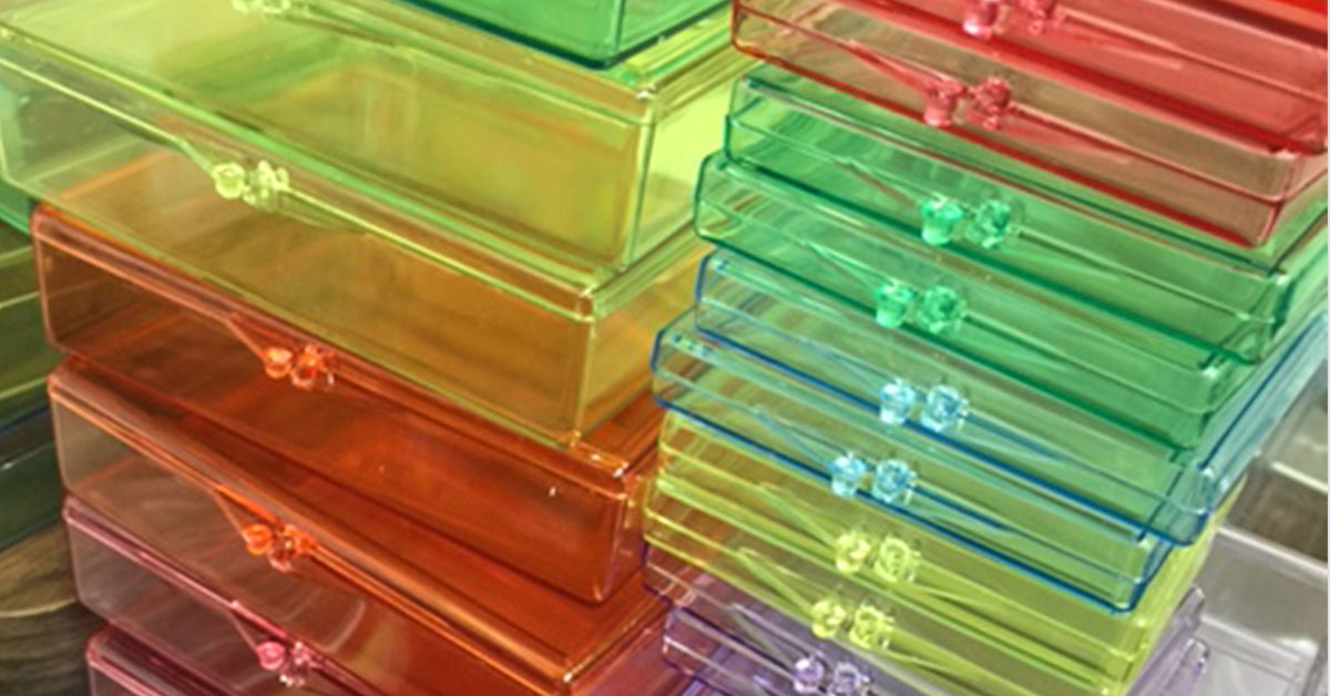 specialty color plastic boxes
